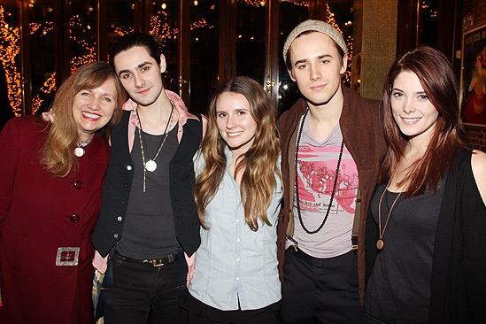 Rosie O'Donnell Visits Spider-Man, Turn off the Dark – Marti Heil – Zane Carney – Paris Carney – Revee Carney – Ashley Greene