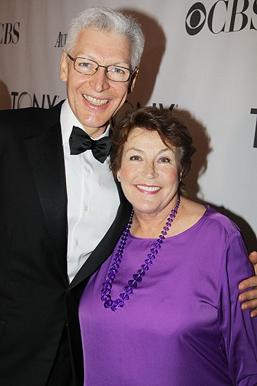 2011 Tony Awards Red Carpet – Tony Sheldon - Helen Reddy