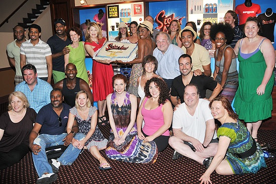 Sister Act 100th performance  Sister Act cast 
