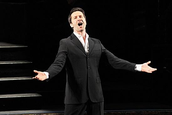 Marco Zunino Makes 'Chicago' Debut – Marco Zunino