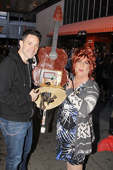 Broadway Flea Market  Steve Kazee  fan