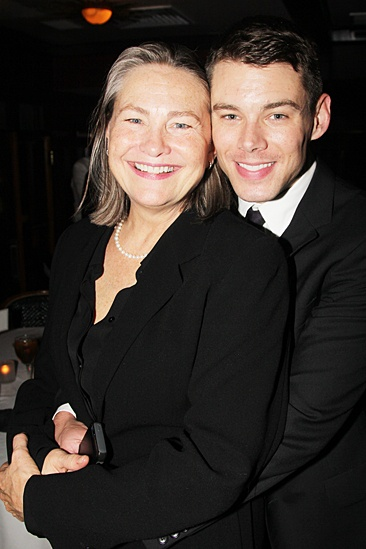 Broadway Com Photo 6 Of 61 Cherry Jones Zachary Quinto And Dozens Of Broadway Vets Toast To