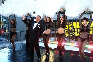 George Hamilton on GMA - stage2