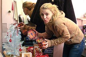 Holidays at Wicked 2007 - Annaleigh Ashford - 1