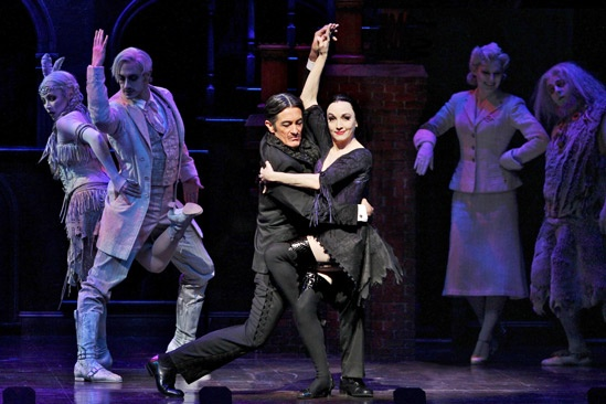 Show Photos - The Addams Family - Roger Rees - Bebe Neuwirth