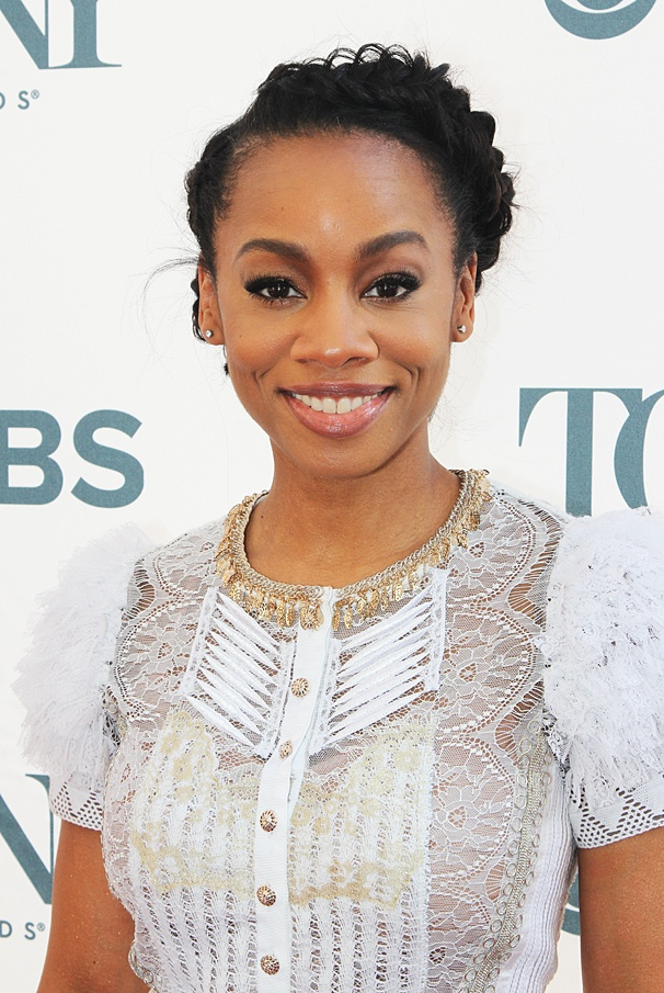... A Raisin in the Sun star Anika Noni Rose.