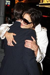 Tom Cruise at All My Sons - Tom Cruise - Katie Holmes (hugging)