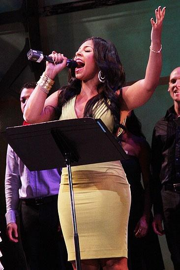 Wicked 5th Anniversary Benefit Concert – Ashanti
