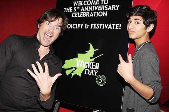 Wicked 5th Anniversary Benefit Concert – Matthew Settle – Mark Indelicato