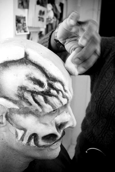 Howard McGillin Phantom transformation – skull5