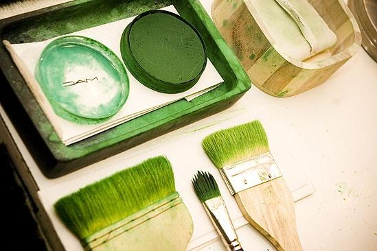 Nicole Parker Backstage at Wicked – makeup brushes