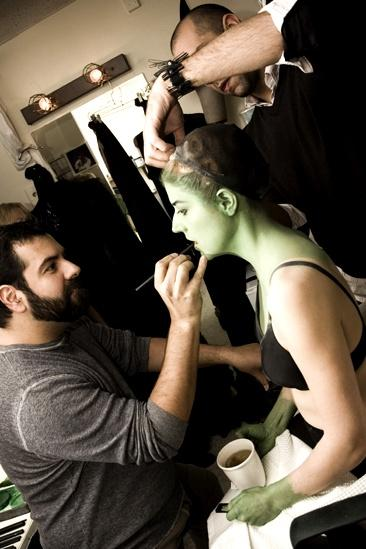 Nicole Parker Backstage at Wicked – wig1