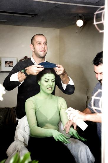 Nicole Parker Backstage at Wicked – cap1