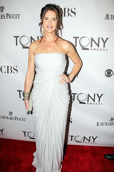 2011 Tony Awards Red Carpet – Brooke Shields