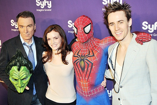 Syfy Stars at &lt;i&gt;Spider-Man, Turn off the Dark&lt;/i&gt; - Patrick Page  Jennifer Damiano  Spider-Man  Reeve Carney