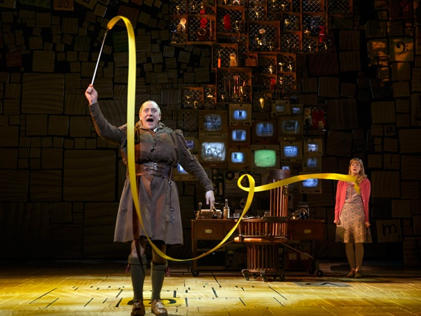 Show Photos - Matilda - Bertie Carvel - Lauren Ward