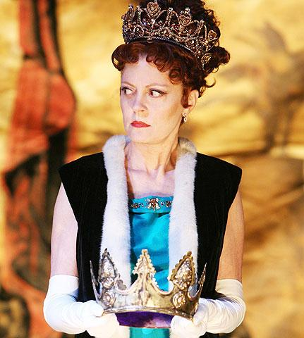 Exit the King - Show Photos - Susan Sarandon