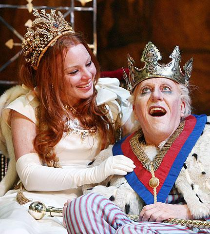 Exit the King - Show Photos - Lauren Ambrose - Geoffrey Rush