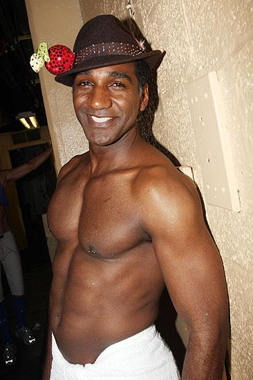 norm lewis wife