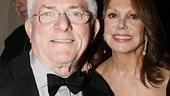 Who loves a fun night out on Broadway? Phil Donahue and Marlo Thomas, that's who!