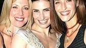 Wicked Opening - mom - Idina Menzel - sister Cara