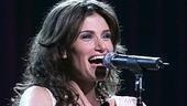 Photo Op - Idina Menzel at Madison Square Garden - Idina Menzel 5