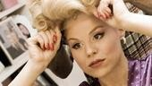 Megan Hilty backstage – wig2