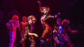 Kim Fauré as Demeter and Christine Cornish Smith as Bombalurina in Cats.