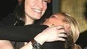 Kristin & Idina at Winterfest - Kristin Chenoweth - Idina Menzel (hug)