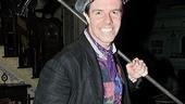 Gavin Returns Poppins – Gavin Lee