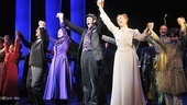 The Mary Poppins cast joins Lee and Kelly for some much deserved audience approval.