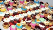 <i>Anything Goes</i> 100th Show – cupcakes
