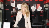 Christie Brinkley Does Chicago in London – Christie Brinkley (souvenir)