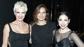 Mariska Hargitay congratulates Chicago stars Amra-Faye Wright (Velma Kelly) and Bianca Marroquin (Roxie Hart).