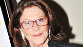Look at Lyons star Linda Lavin rocking the red glasses. Go Linda!