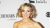 Leggy Venus in Fur star Nina Arianda is simply gorgeous in an Oscar de la Renta gown, Fred Leighton jewels and Stuart Weitzman shoes.