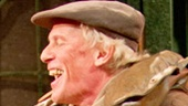 Paul Nicholas as the Sewerman in Dear World.