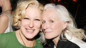 Glenn Close just couldn't get over the sensational performance by Bette Midler in I'll Eat You Last.