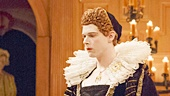 Mark Rylance as King Richard III, Samuel Barnett as Queen Elizabeth & the cast of Richard III