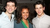 How to Succeed's new leading men Michael Urie and Nick Jonas welcome Vanessa Williams to the World Wide Wicket Company!
