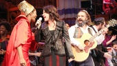 Soul Doctor stars Amber Iman and Eric Anderson join Neshama Carlebach for one final song.