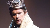 Ethan Hawke as Macbeth in Macbeth