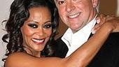Chicago Givens O'Hurley Press Event - Robin Givens - John O'Hurley - embrace