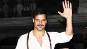 A stunning Ricky Martin takes a bow as Che.