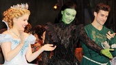 Wicked star trio Alli Mauzey, Willemijn Verkaik and Kyle Dean Massey acknowledge the hard-working orchestra.