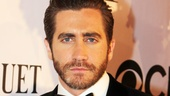 Presenter Jake Gyllenhaal's steely blue eyes pop on the red carpet.