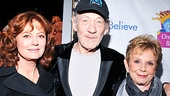 Honoree Susan Sarandon, host Ian McKellen and Only Make Believe founder Dena Hammerstein line up for a starry red carpet photo to kick off the evening.