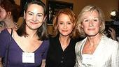 Tony winners congregate 2006 - Cherry Jones - Swoozie Kurtz - Glenn Close