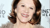 After playing overbearing mother Rita, Linda Lavin is all smiles on The Lyons' opening night.