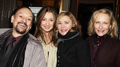 Shawn Elliott, wife Donna Murphy, Kim Cattrall and Laila Robins make one cute quartet at Wit.